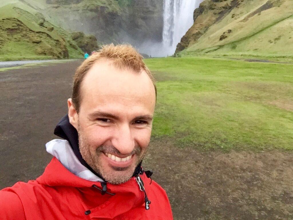 Glaciar Islandia y catarata de Skógar